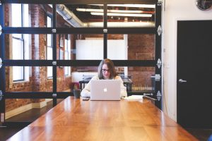 businesswoman-company-desk-7355